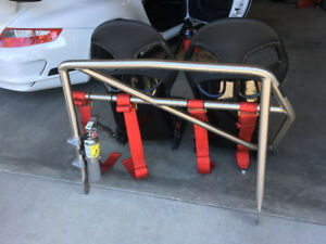 996 GT3 Recaro Seats / Techquipment Bar / Schroth Harnesses