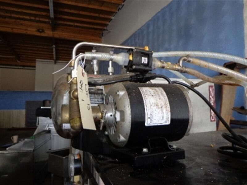 Fountain Soda Dispenser Pump Motor Pressure Regulator Gauge and Canister