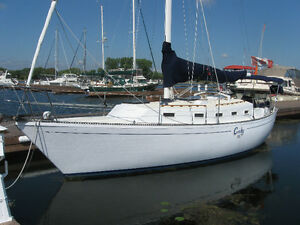 SAILBOAT - ALOHA 34 'CORKY III'  IS FOR SALE