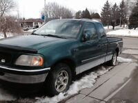 Green Ford F150