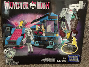 New! Monster High mega Bloks electrifying room set Kitchener / Waterloo Kitchener Area image 1