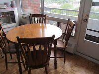 Antique round oak dining table and 4 chairs