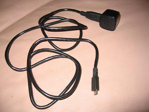 BLACKBERRY TORCH 9800 CHARGER