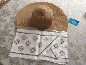 Parazul sun hat and scarf West Island Greater Montréal image 1