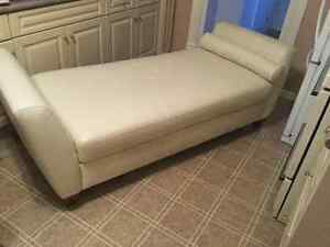 Leather DayBed London Ontario image 2