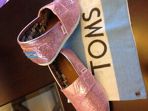 Toms shoes / souliers fille girl