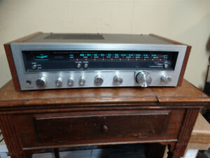 Kenwood KR-3600 Stereo Receiver 1977 22WPC Near MINT