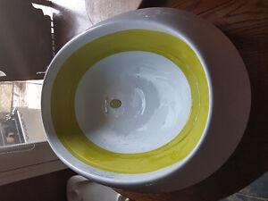 Boon green and white bath tub