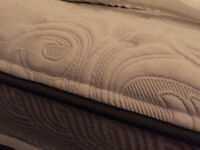 Sealy Posturepedic Etude queen mattress with pillow top.   Come