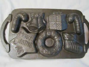 Cast Iron Christmas cookie mold - Vintage