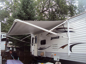Roulotte Forest River Avenger 27 pied 2013