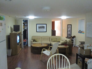 1540b Oxford street - Newly Renovated 2 Bedroom Apartment