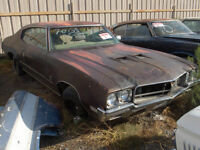 Looking for 1970-1972 Skylark for parts