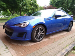 For sale LEASE TAKEOVER 2017 Subaru BRZ (like frs 86)