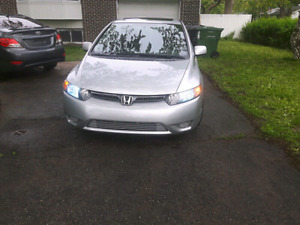 Tres belle Honda civic  2008