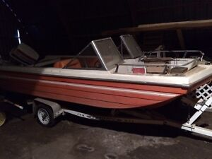 Tri hull w/70 horse Johnson and trailer