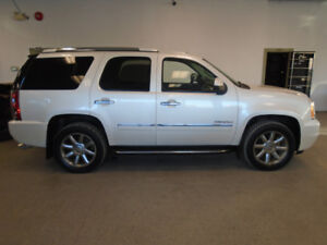 2011 GMC YUKON DENALI! 7 PASS! NAVI! 1 OWNER! ONLY $19,900!!!!