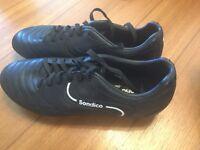 Sondico black boots, size 4