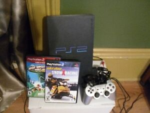 PS2 CONSOLE,2 GAMES AND 1 CONTROLLER FOR SALE