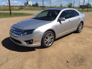 2012 Ford Fusion SEL AWD ONLY 50,000km TRADES?
