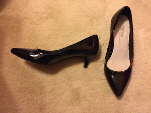 La Chateau Dress Shoes