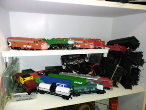 Train lot all pieces included in the picture