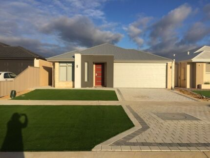 New House for Rent - suitable for professionals - Carmichael St