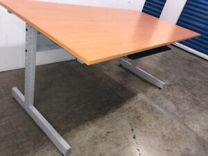 Desk - DELIVERY