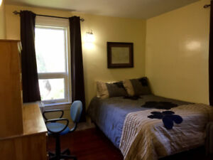 Room Available Students Only Close to Sask Poly Jan 1