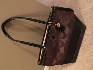 Coach authentic barely used like new!