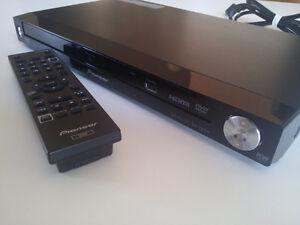 Lecteur DVD DivX Hdmi Dts Dolby DV-220V Pioneer avec manette