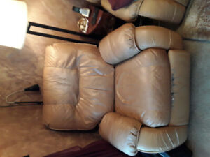 Free chair for pickup