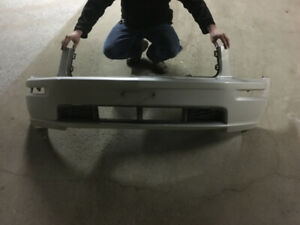05-09 mustang front bumper (silver)