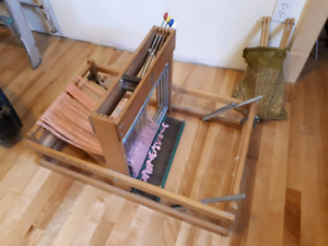 Canadian made Solid Wood Table Loom $250 OBO