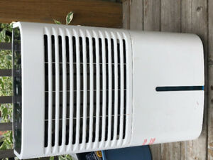Whirlpool Gold Dehumidifier