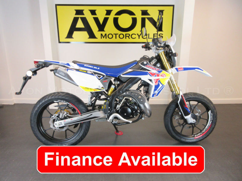 50cc supermoto with yamaha menarelli am6 motor rieju mrt supermotard pro in bristol gumtree. Black Bedroom Furniture Sets. Home Design Ideas