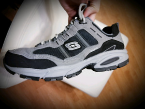Skechers Running Athletic Shoes (Brand New)