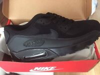 Nike Trainers Size 7 Brand New