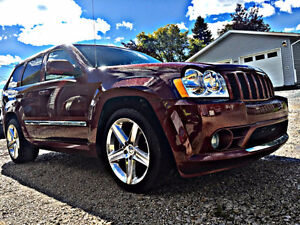 2007 Jeep Grand Cherokee SRT8 SUV, Crossover Low kms!!