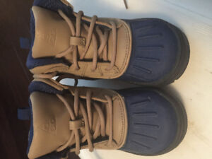 Boys Nike Waterproof Boots Size 8C