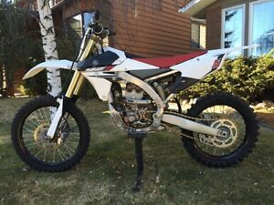 Perfect condition dirt bike.