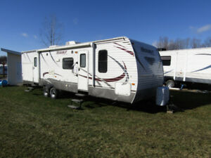 """2014 Keystone Hideout 34'4"""" Bunkhouse,2 Slide-outs,2 bedrooms,"""