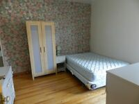 Near Metro Monk, short time (2 months) room for rent. All includ