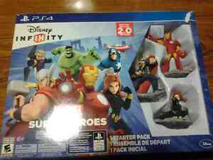 Ps4 disney infinity game and figurines.