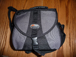 LowePro Camera Case Bag Brand New