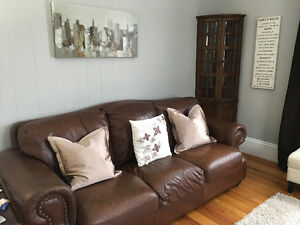 Buy and sell furniture in yarmouth buy sell kijiji for Complete living room packages