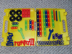 Boys Building toys Windsor Region Ontario image 3