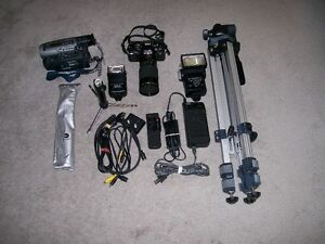 CAMERA EQUIPMENT -ALL IN PRISTINE CONDITION , AS NEW. SOLD AS PA