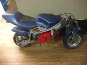 Pocket bike. Brand new carb, clutch, and starter. $250 OBO