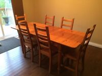 Harvest Table with 6 Chairs